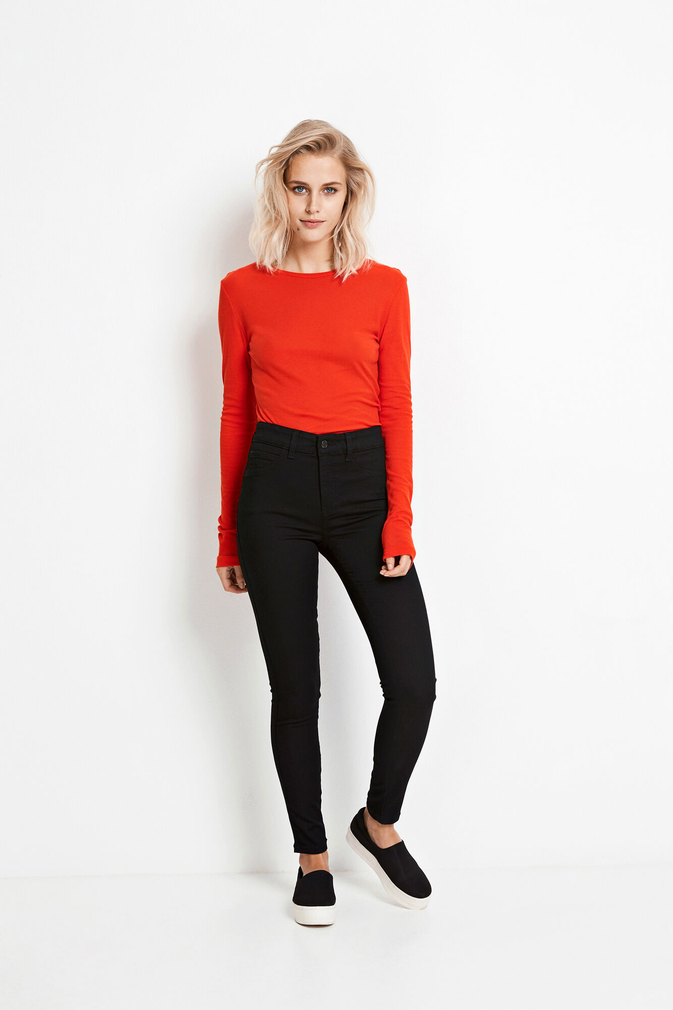 ENVELDA LS TEE 5928, HOLIDAY RED