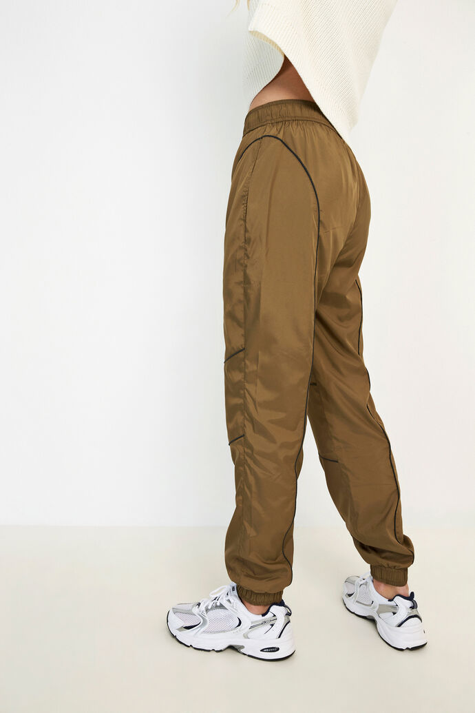 ENGREEN PANTS 6707, CAPERS