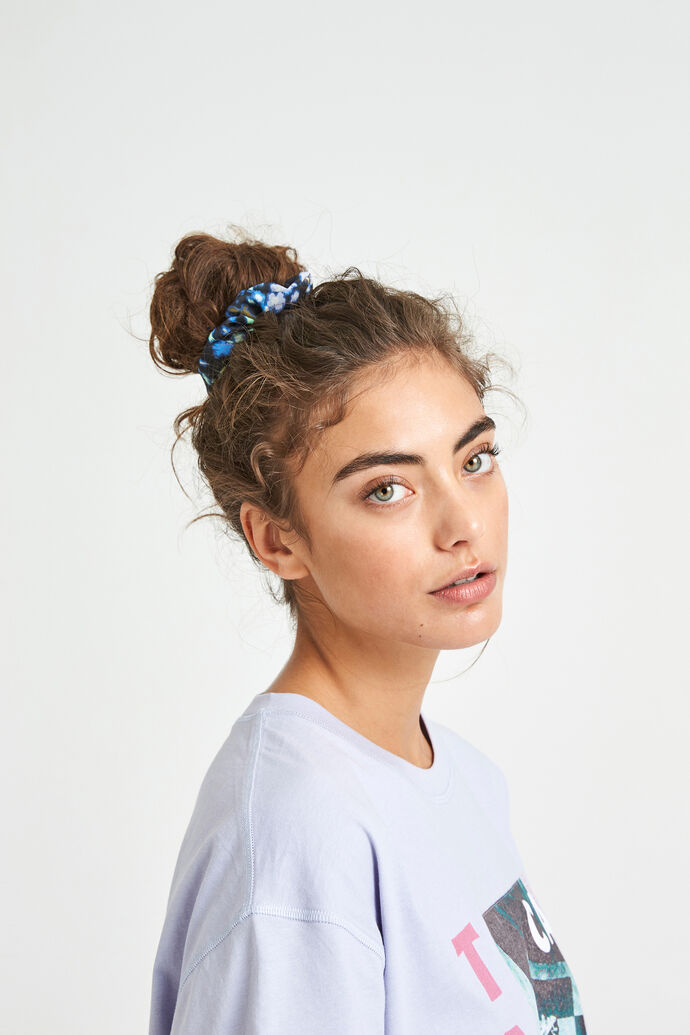 ENWELLY SCRUNCHIE AOP 6716, SPRAY CAN FLEUR