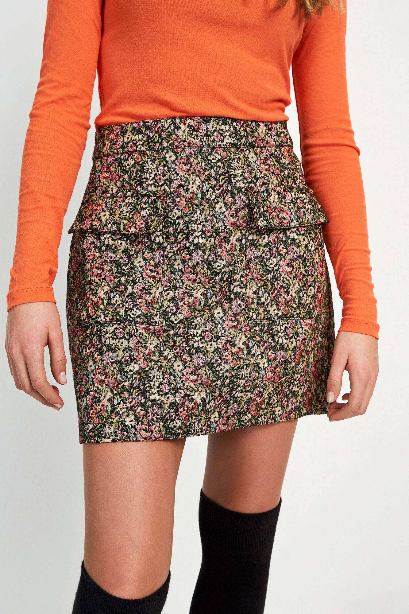 ENAGATE SKIRT 6689, FLORAL COUCH