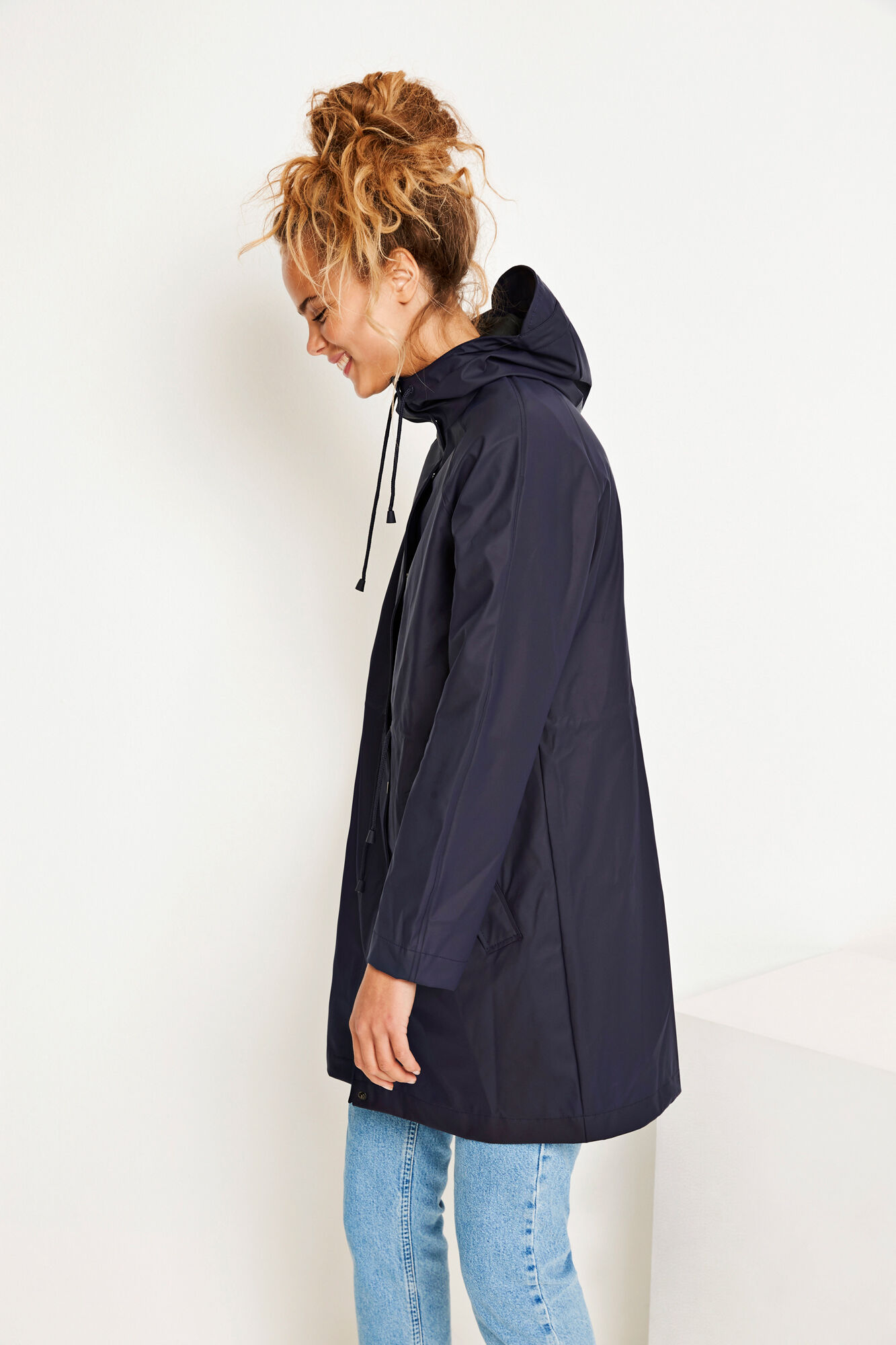 ENCRUMBLE RAINCOAT 6501